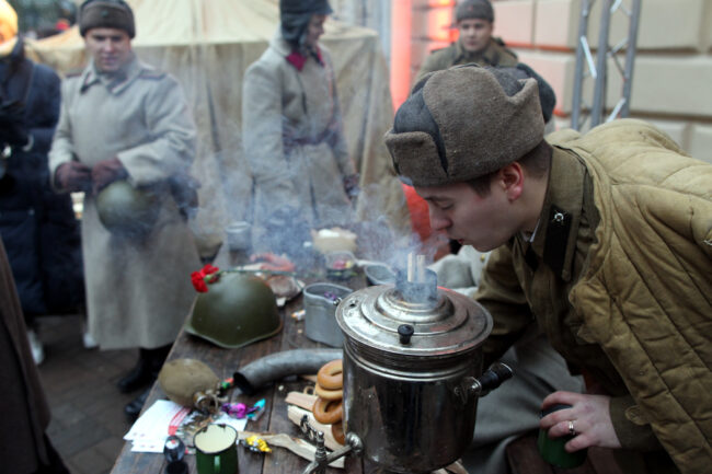 Капелла, день снятия блокады Ленинграда, памятная акция, реконструкторы, самовар