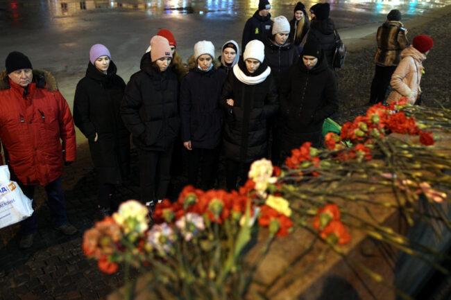 день снятия блокады Ленинграда, памятная акция, возложение цветов, Аничков дворец