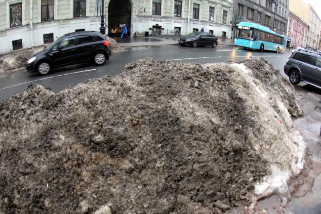 Малая Морская улица, снег, сугробы, зимняя уборка, уборка снега