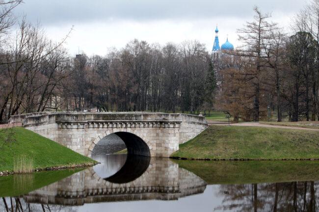 ГМЗ Гатчина, Гатчинский парк, Карпин мост