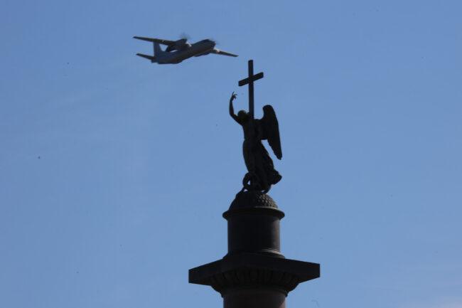 репетиция парада Победы, 9 мая, Александровская колонна, ангел, самолёт
