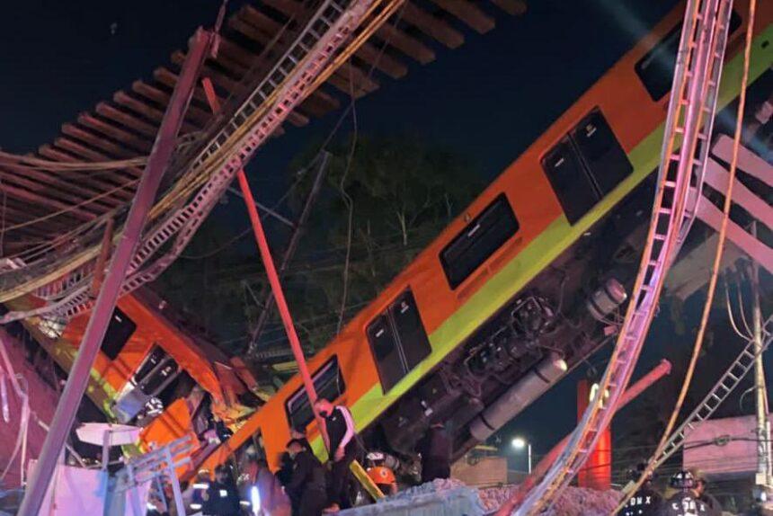 Мехико обрушение метромоста