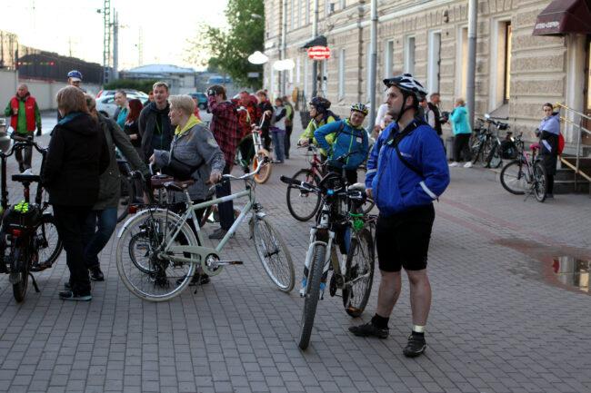 ночь музеев, ночной велопробег, велосипедисты