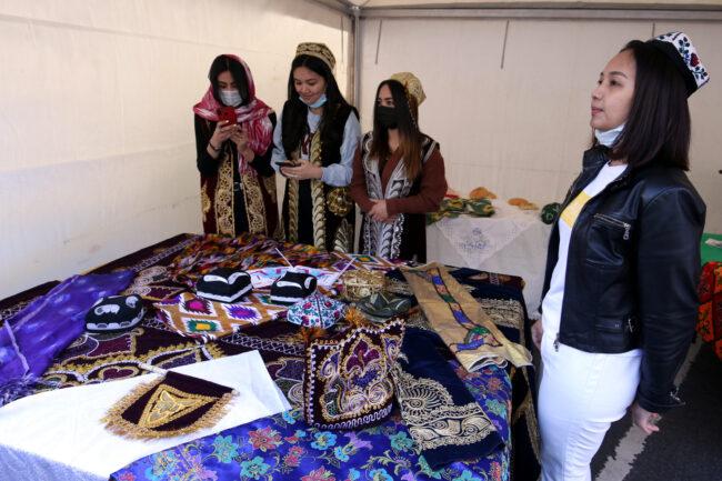 бал национальностей, народные промыслы, ремёсла, таджики