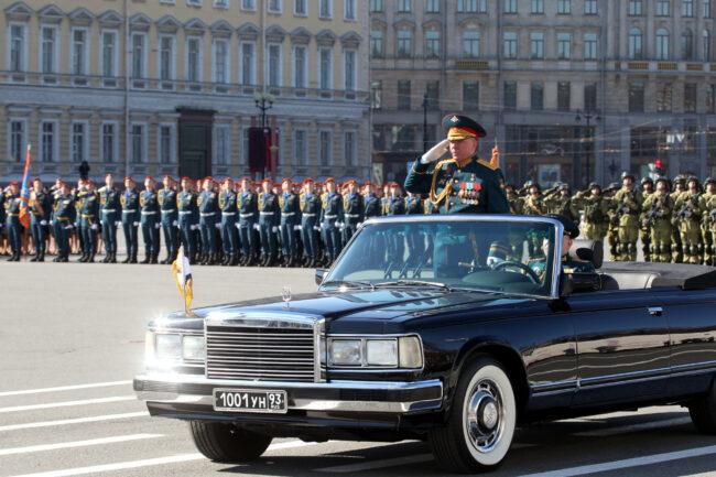 парад победы, день победы, 9 мая, армия, военнослужащие, командующий ЗВО, генерал Александр Журавлёв