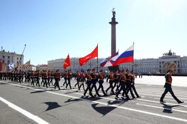 парад победы, день победы, 9 мая, армия, военнослужащие, флаг России