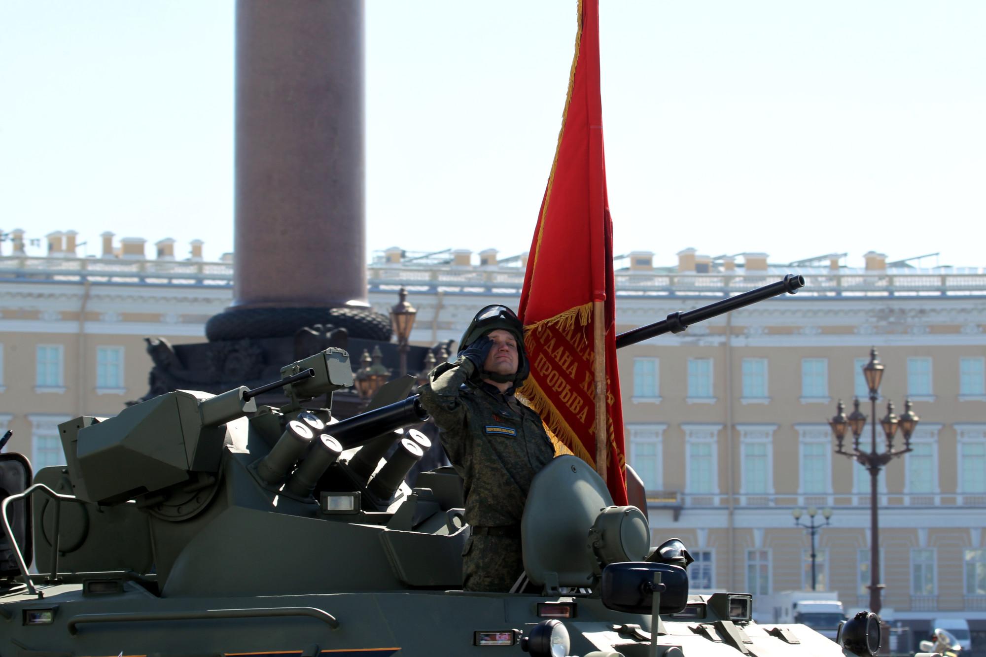 парад победы, день победы, 9 мая, армия, военнослужащие, бронетехника