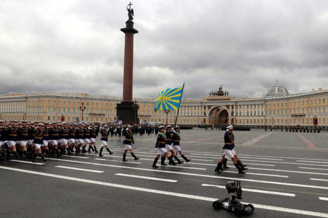 репетиция парада Победы, солдаты, военные, армия, женщины-военнослужащие