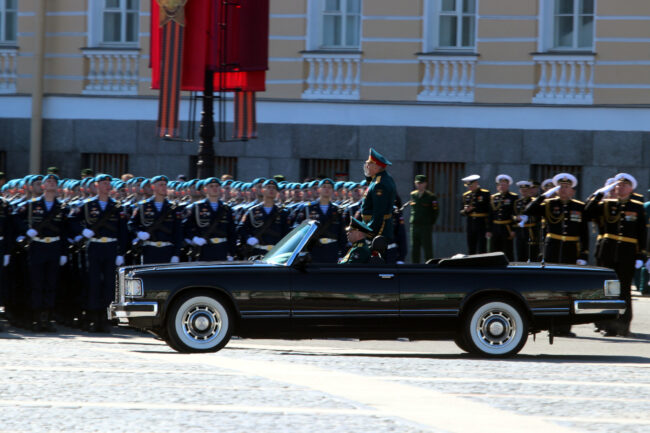 парад победы, день победы, 9 мая, армия, военнослужащие, заместитель командующего ЗВО, генерал Владимир Кочетков
