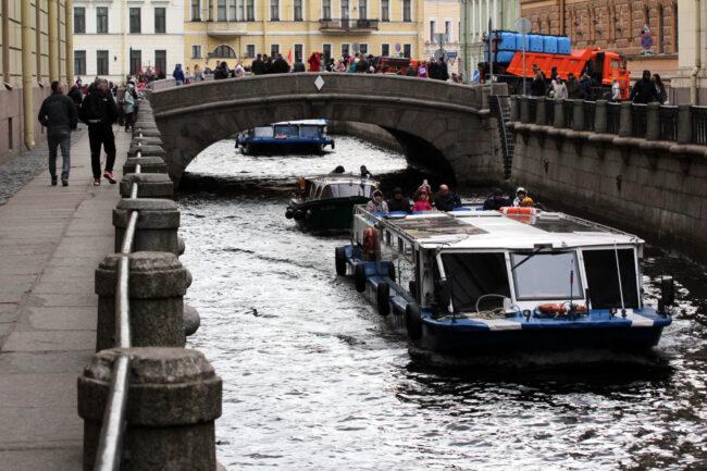 речной парад, прогулочные суда, Зимняя канавка