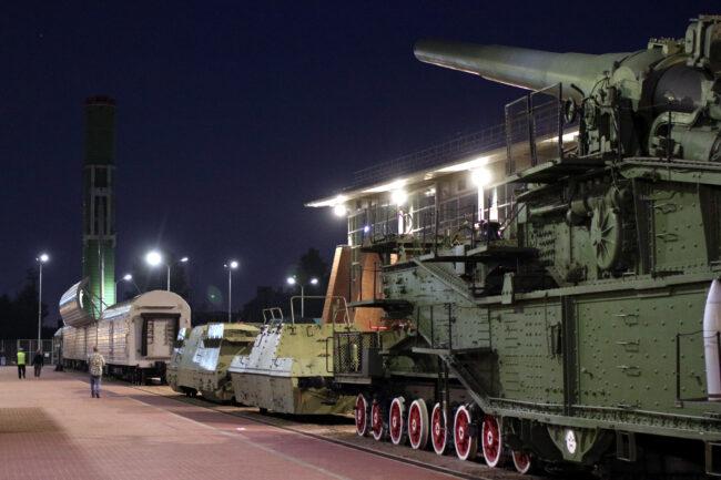 ночь музеев, музей железных дорог России, артиллерийское орудие, железнодорожный транспорт, железнодорожный ракетный комплекс