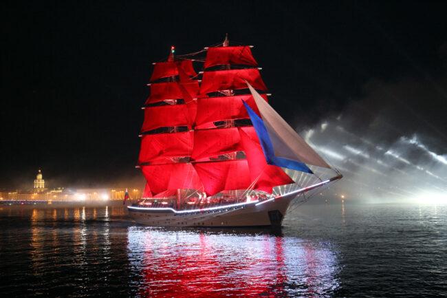 Алые паруса, парусный корабль, бриг Россия