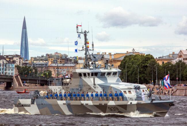 Генеральная репетиция, главный военно-морской парад, день ВМФ, противодиверсионный катер 939 Юнармеец Беломорья, корабли, военные