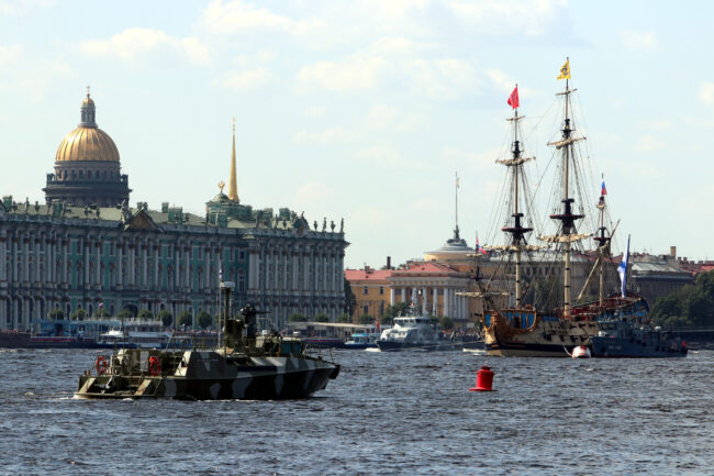 день ВМФ, репетиция парада, главный военно-морской парад, парусник, корабль Полтава