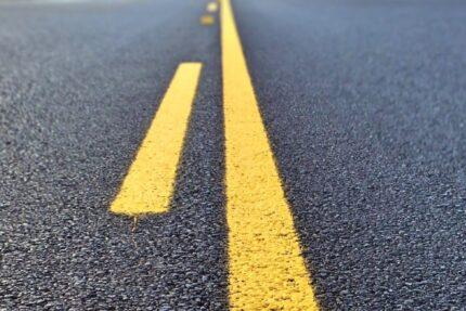 дорога асфальт дорожная разметка