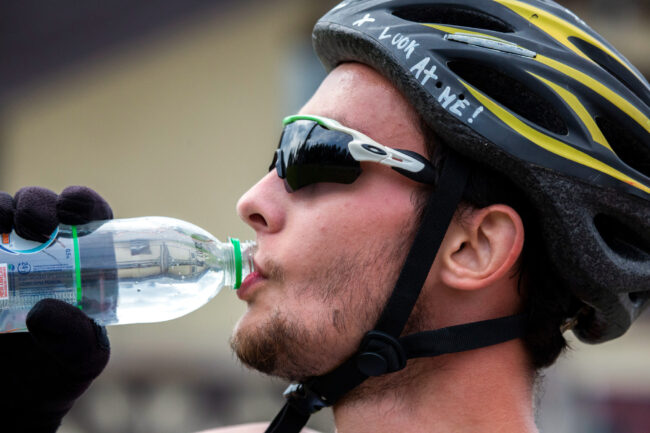 Первенство России по лыжным гонкам, лыжероллеры, лыжный спорт, вода, питьё, жажда, жара
