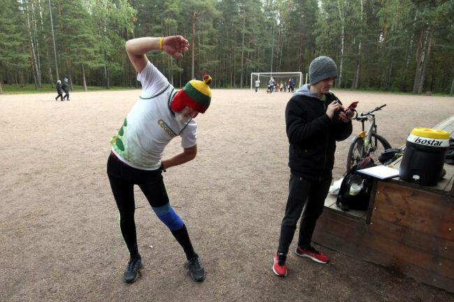 суточный забег в парке Сосновка, эстафета, бег, лёгкая атлетика, Вячеслав Кутыркин, Павел Алтышов