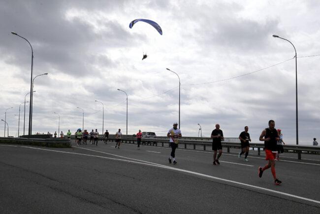 марафон Galaxy Marathon, Владивосток, лёгкая атлетика, спорт, бег, мотопараплан