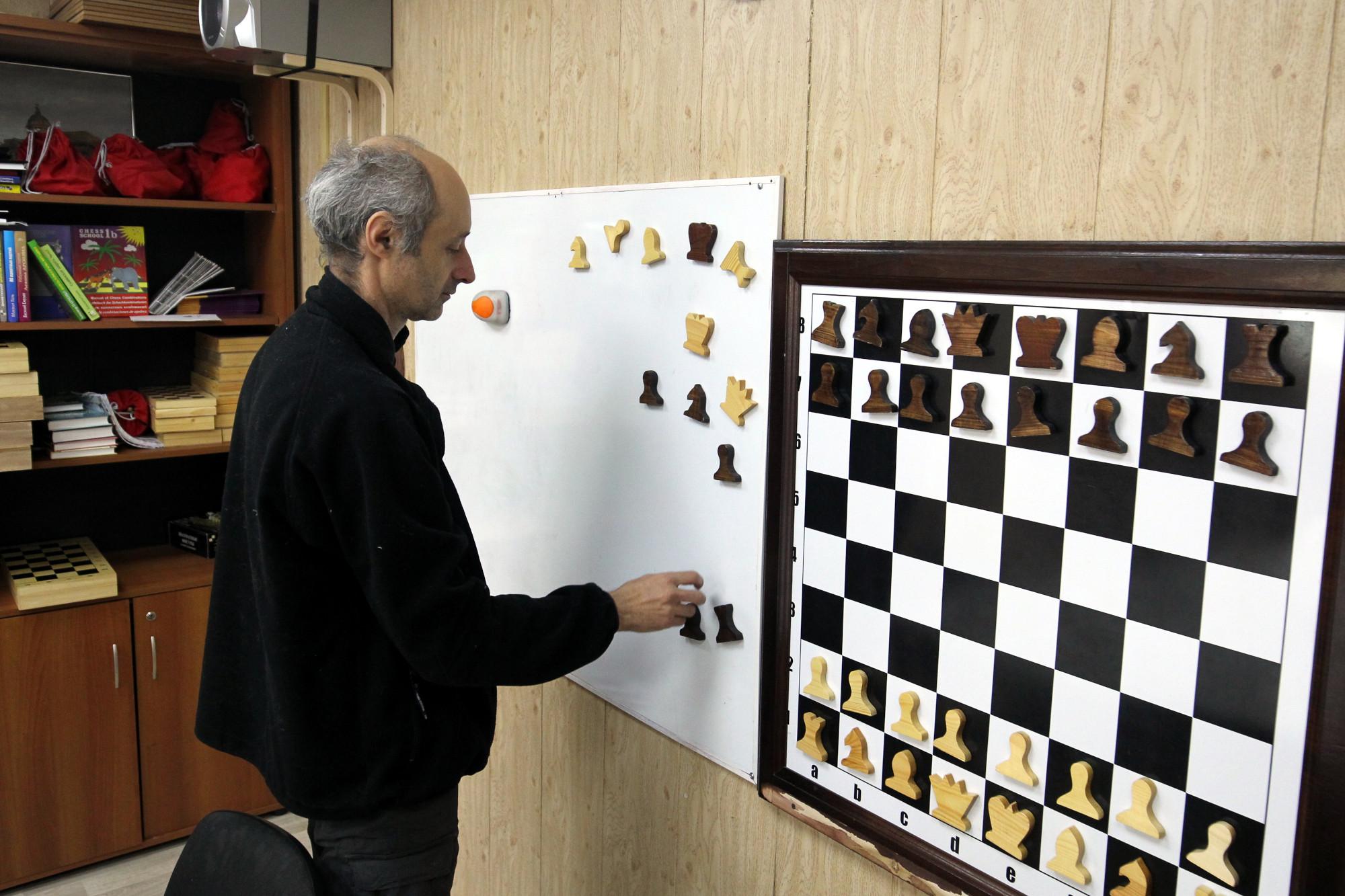 Ольгинская детская деревня, Шахматный клуб, Александр Кухно