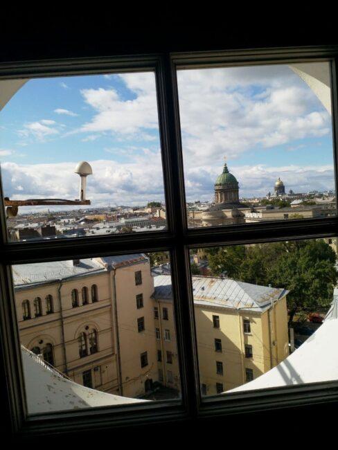 Думская башня, башня городской думы, вид на Казанский собор