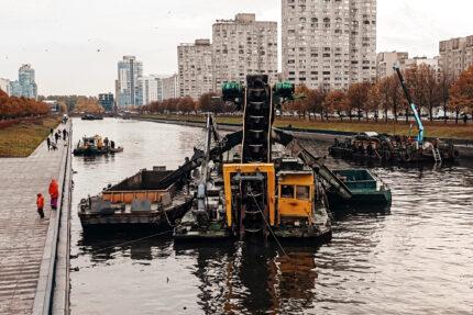 расчистка реки Смоленки, дноуглубительные работы